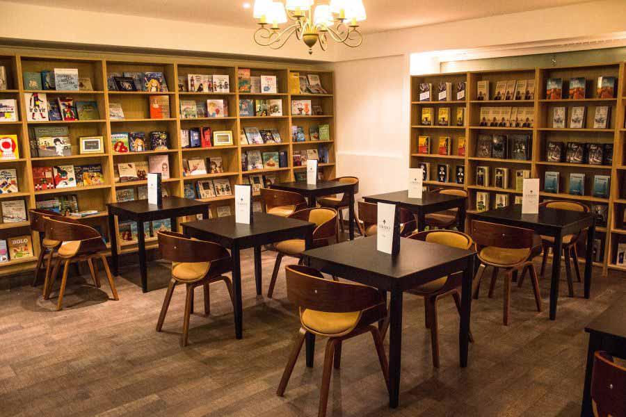 cafe sách