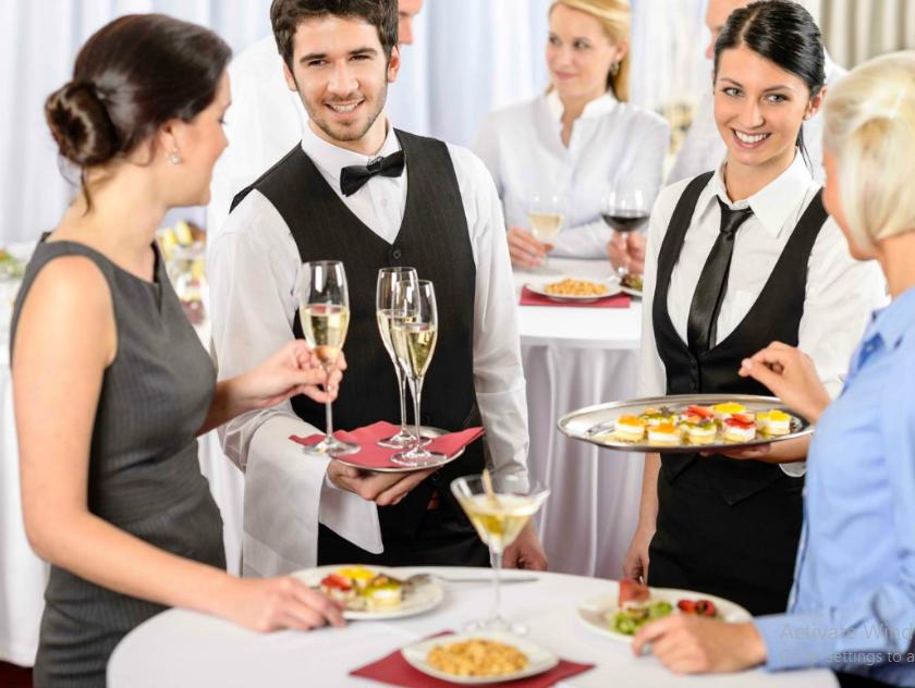 phục vụ nhà hàng