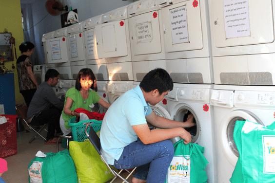 1.Tại sao nên mở tiệm giặt sấy tự động ?