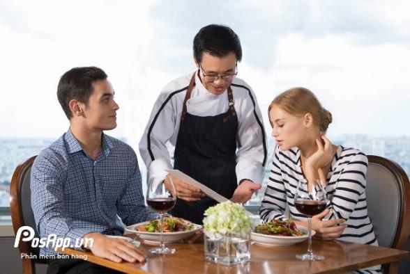 nhân viên quán ăn