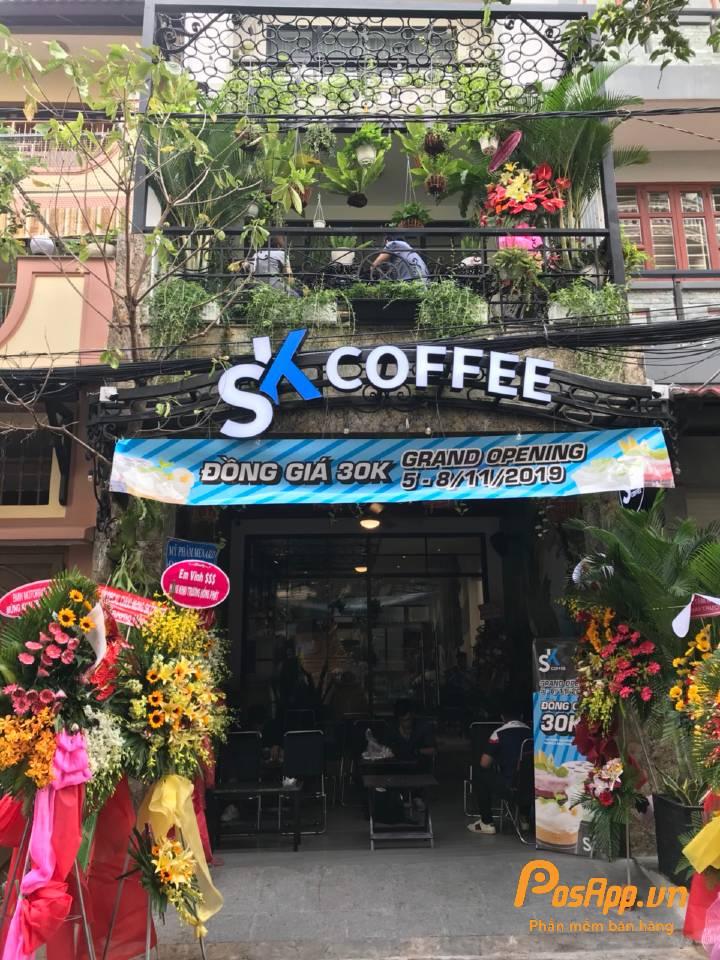 khách hàng SK coffee