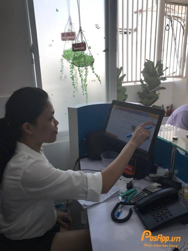 Máy Pos thu ngân của PosApp tại Căn tin Bệnh viện Phụ sản MeKong