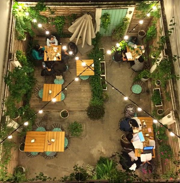 mẫu cafe sân vườn đẹp hà nội
