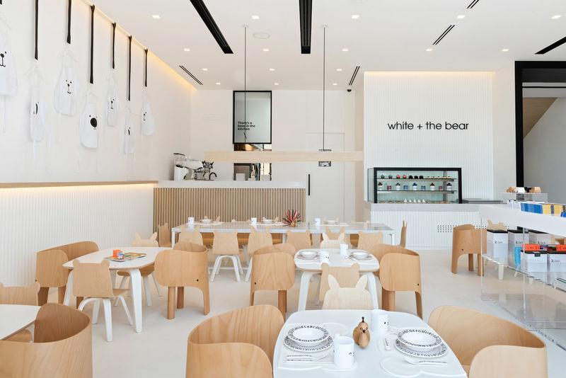 nhà hàng phong cách tối giản