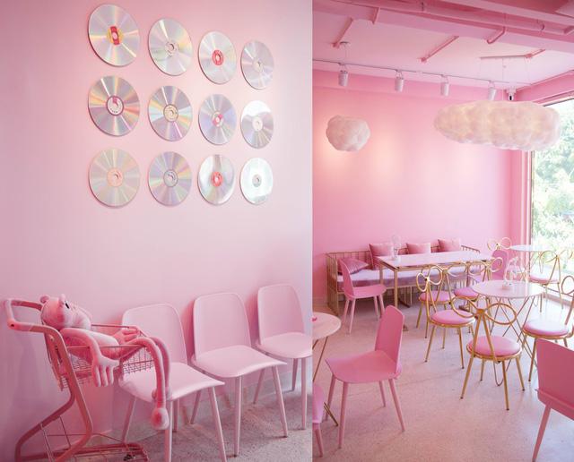 trang trí quán trà sữa theo phong cách dễ thương