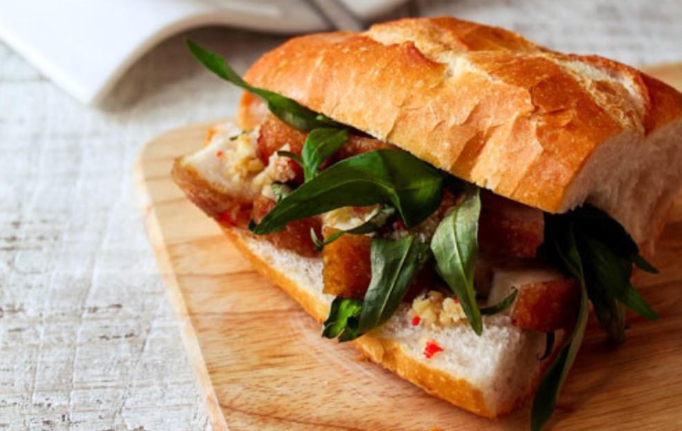 bánh mì heo quay