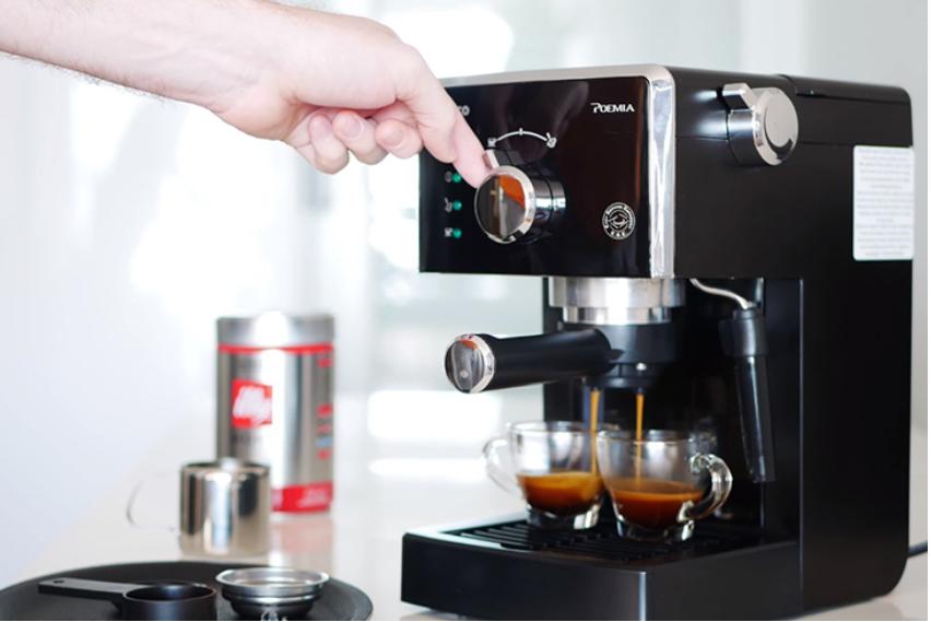 Sử dụng máy pha cà phê