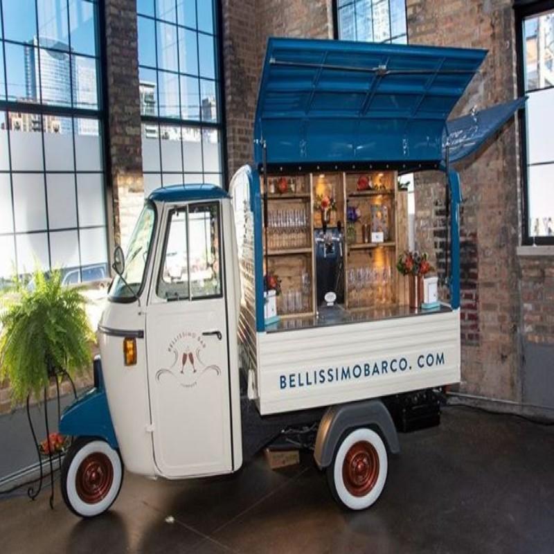 xe food-truck bán cà phê
