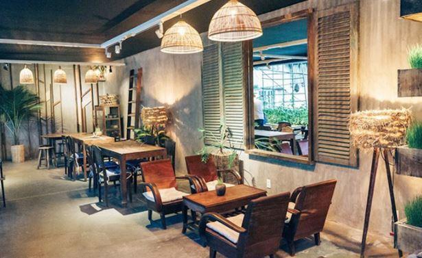 Bàn ghế theo phong cách quán cafe - trà sữa xưa, vintage