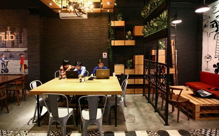 Bàn ghế cafe văn phòng