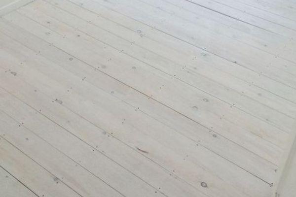 sàn gỗ trắng