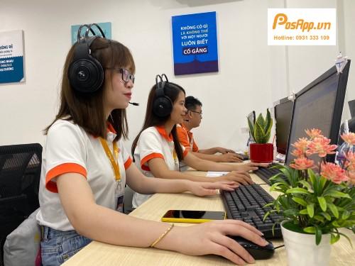 nhân viên PosApp hỗ trợ khách hàng