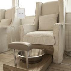 ghế làm nail có thiết kế bồn rời cơ bản