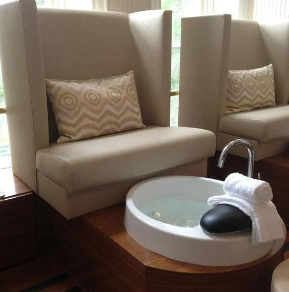 ghế làm nail sofa phổ biến