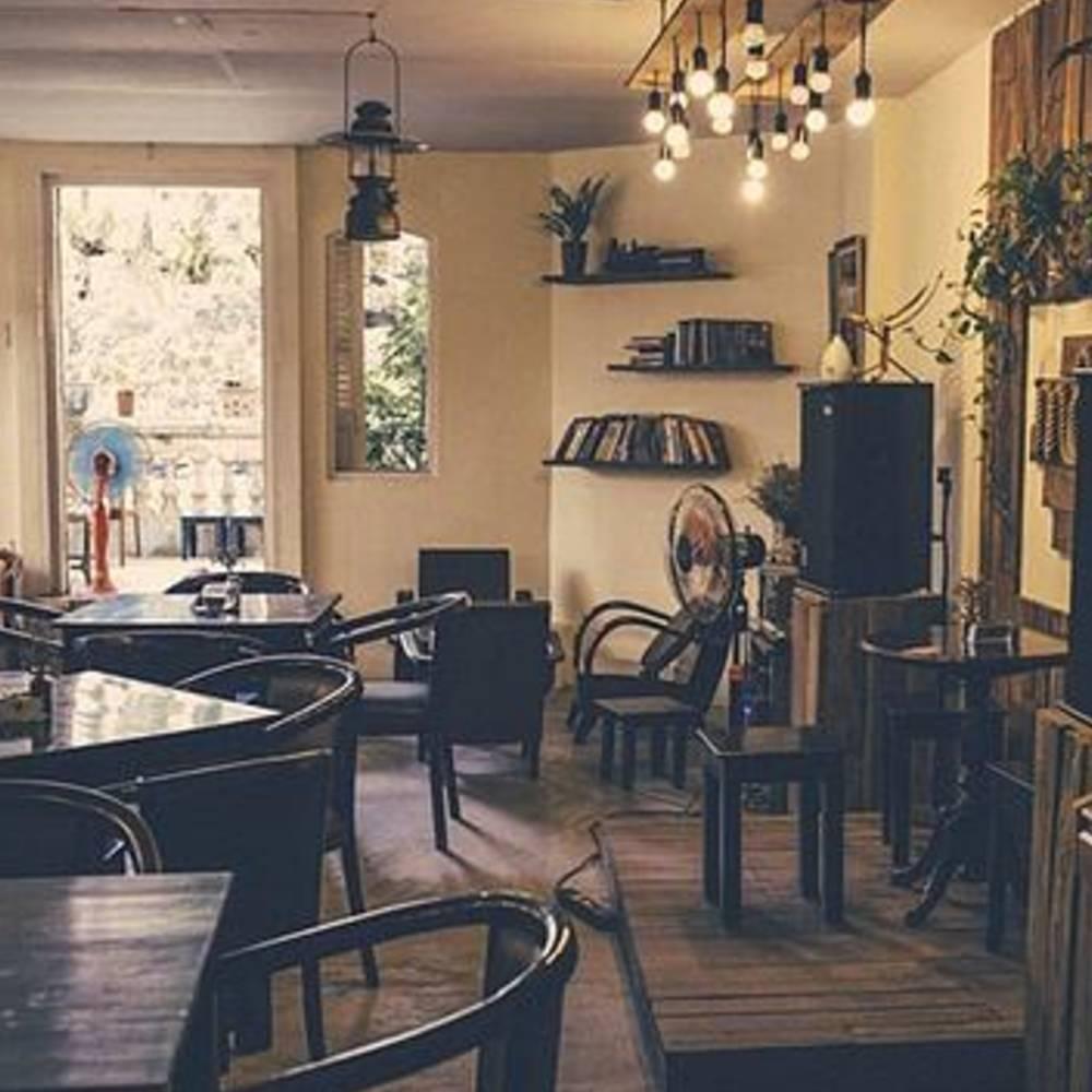 thiết kế quán cafe acoustic đơn giản