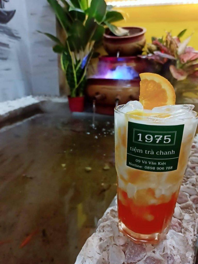 đồ uống của quán trà chanh 1975