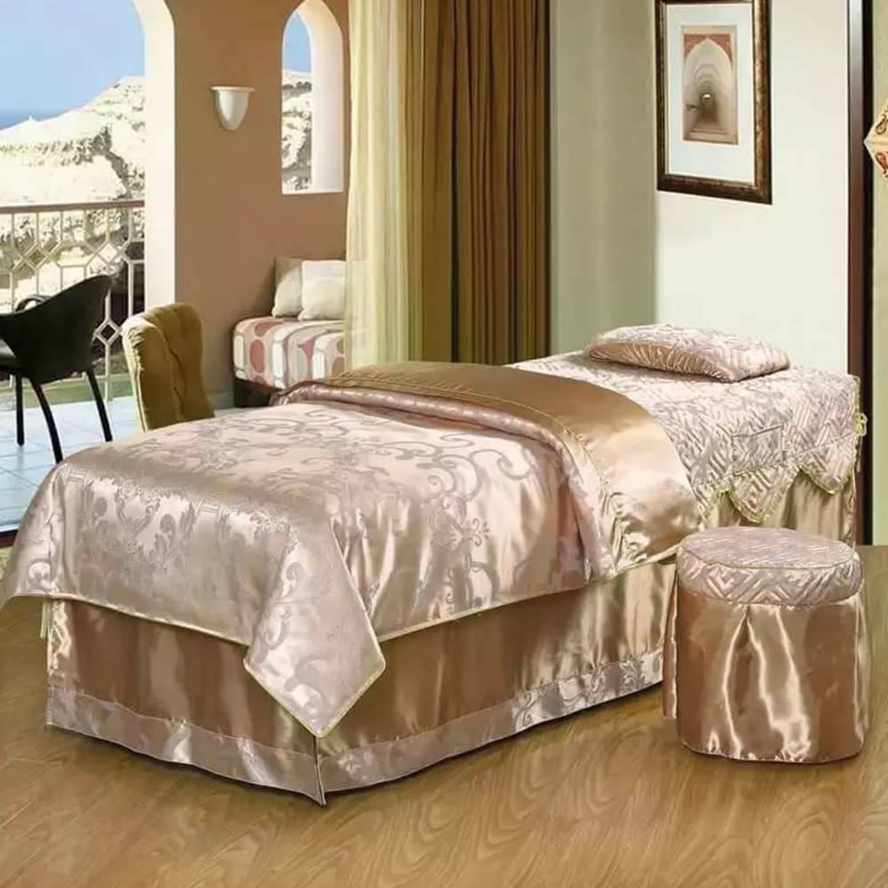 Ga giường hoàng gia trắng