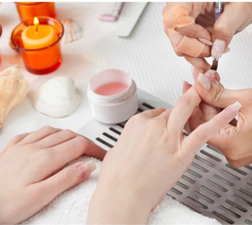 Kinh doanh dịch vụ nail làm móng tại nhà