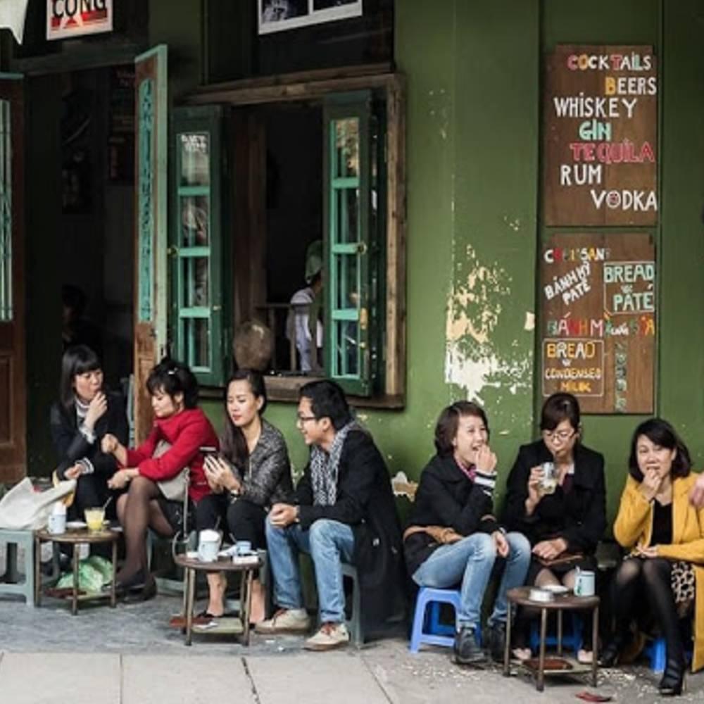thiết kế quán  cafe cóc vỉa hè đơn giản