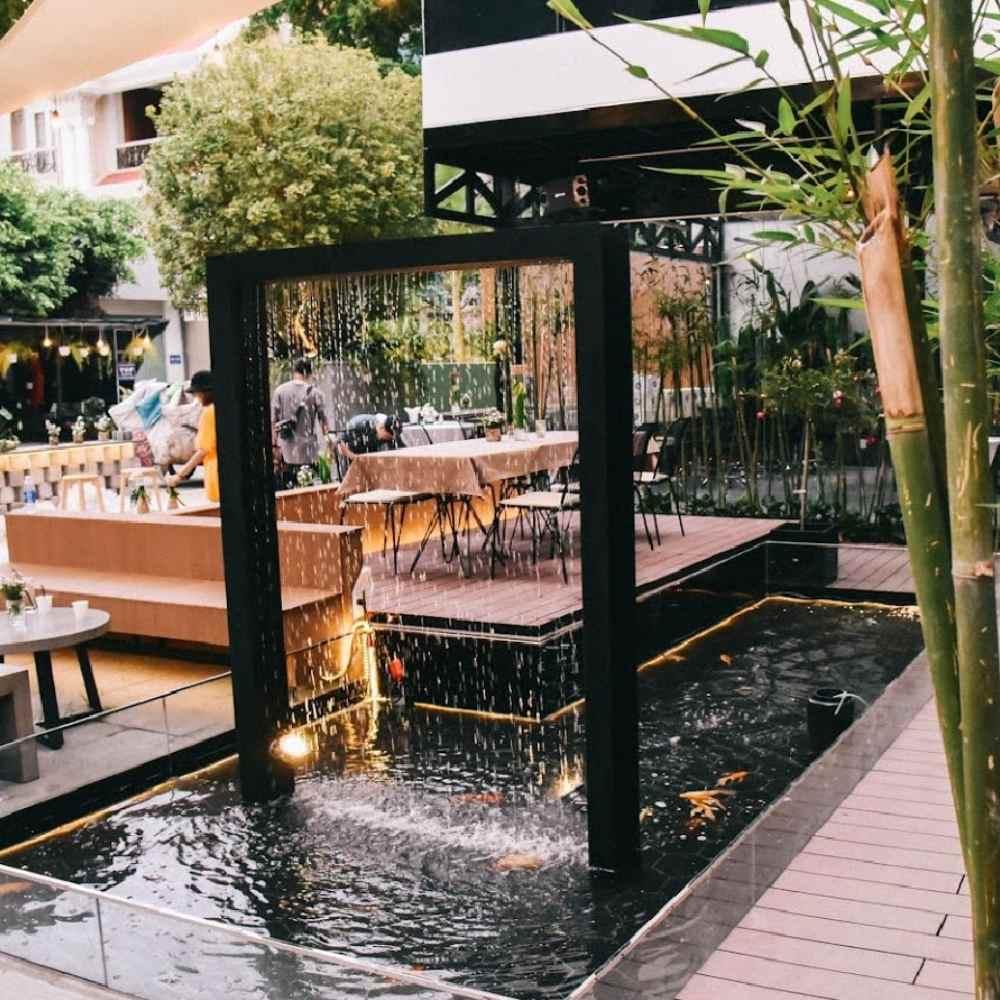 thiết kế quán cafe sân vườn thơ mộng