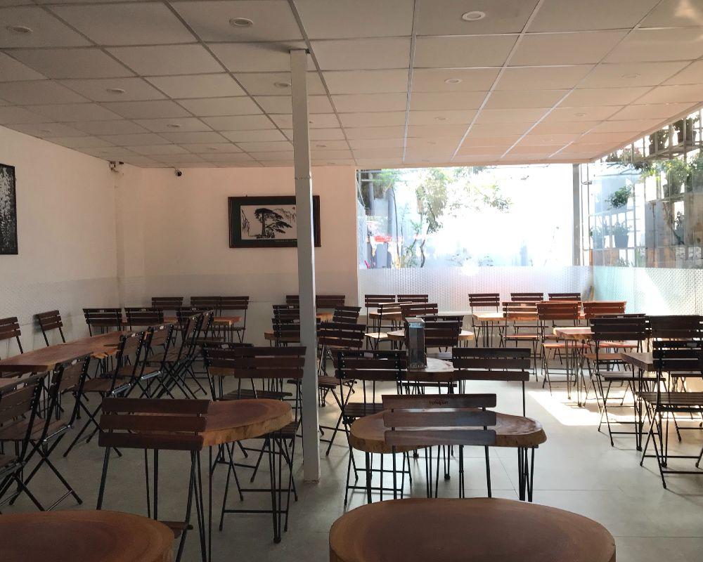 quán chồn vàng coffee