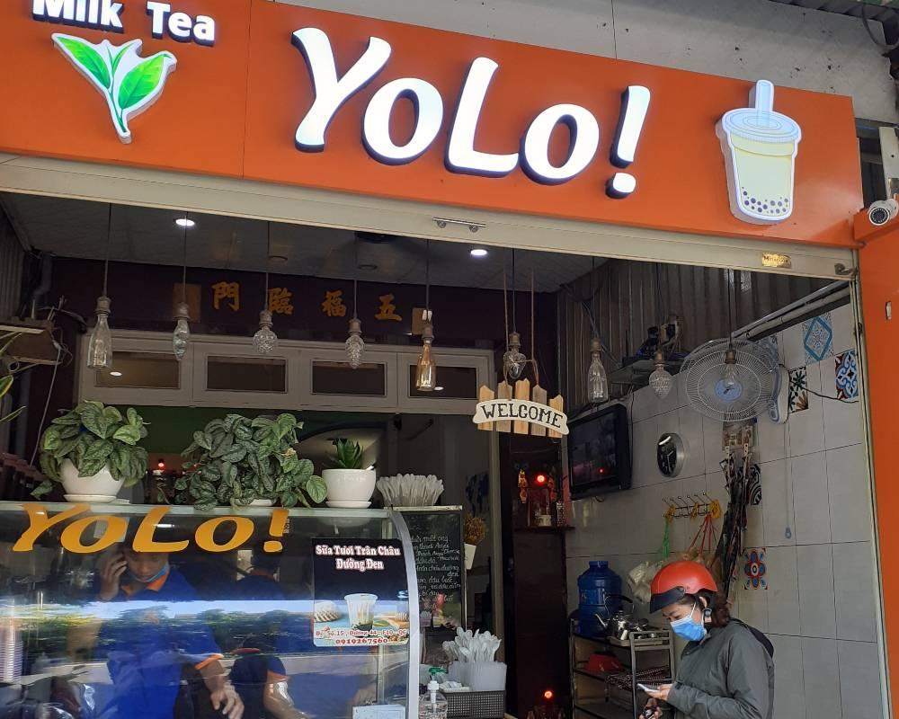 quán trà sữa Yolo