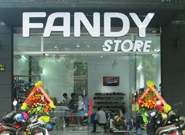 Bảng hiệu shop giày dép nữ Fanny