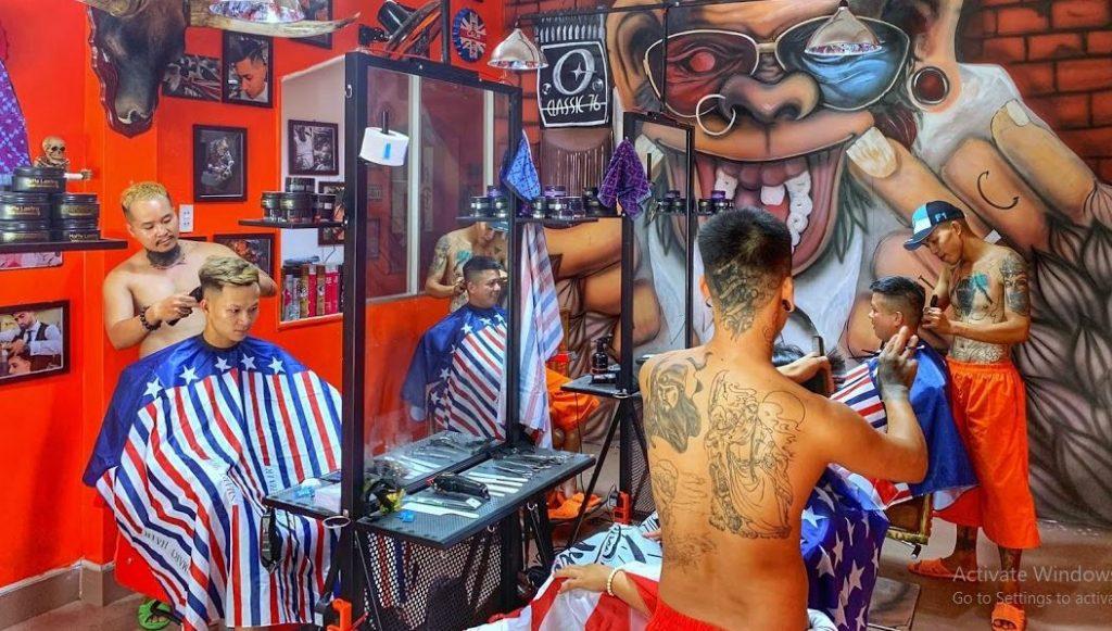 Học cắt tóc nam tại Tùng Barber Huế