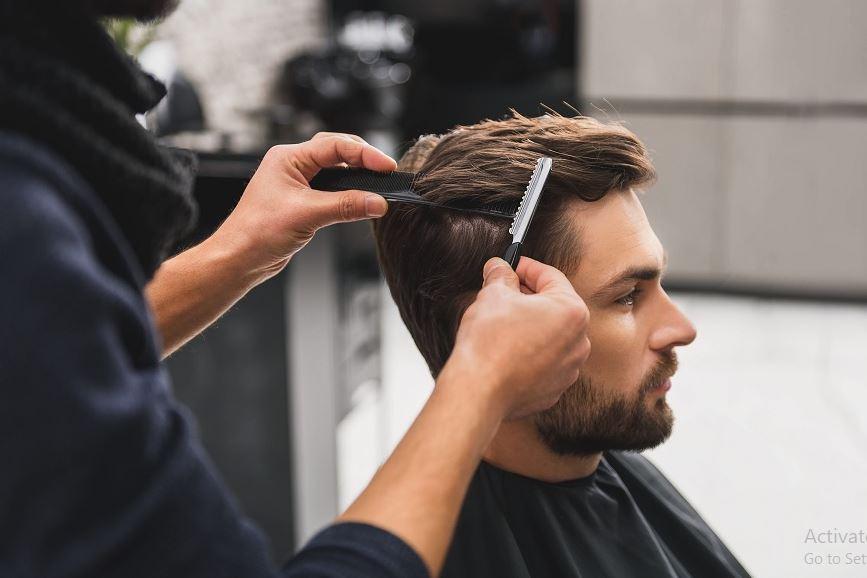 Học cắt tóc nam tốn bao nhiêu tiền?