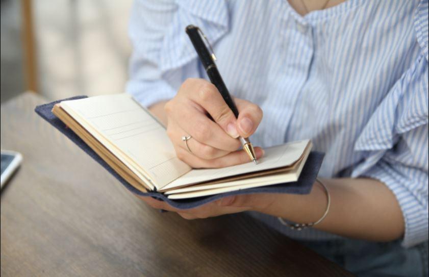 Thiếu chuyên nghiệp khi quản lý bằng sổ sách