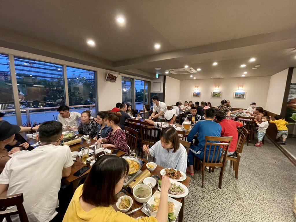 Nhà hàng Sen Vàng luôn đông khách